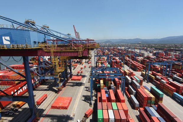 Balança comercial: BC aponta superávit de US$ 68,8 bi em 2021