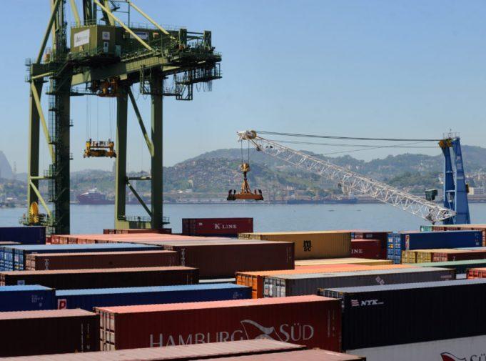 Governo prevê a realização de leilões de três terminais portuários em agosto deste ano