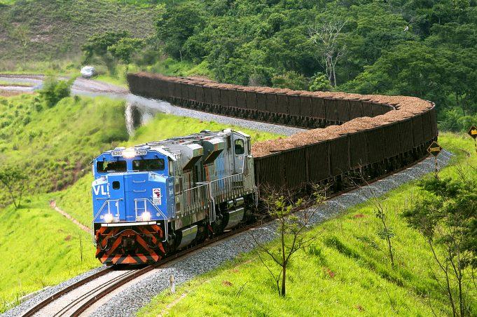 Tarcísio: meta é tornar o Brasil líder continental em infraestrutura de transportes