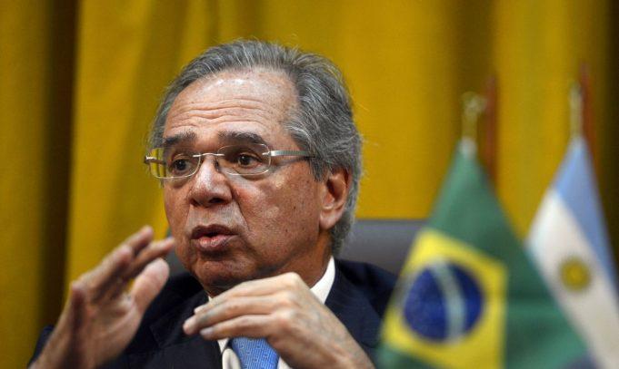 Reforma administrativa: proposta não mexerá em direitos do funcionalismo atual, garante Guedes
