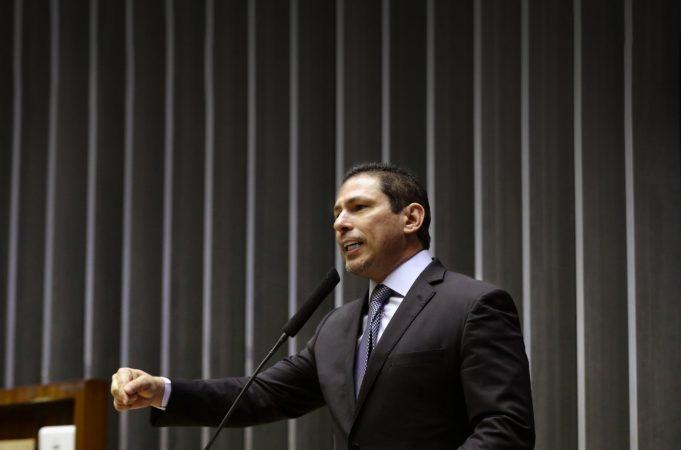 Vice-presidente da Câmara, deputado Marcelo Ramos, diz que não abriria impeachment sem o consentimento de Arthur Lira